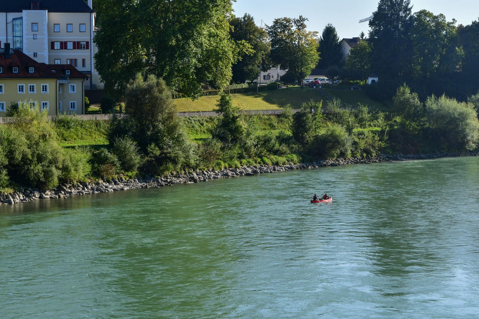 Bootsfahrer bei Laufen