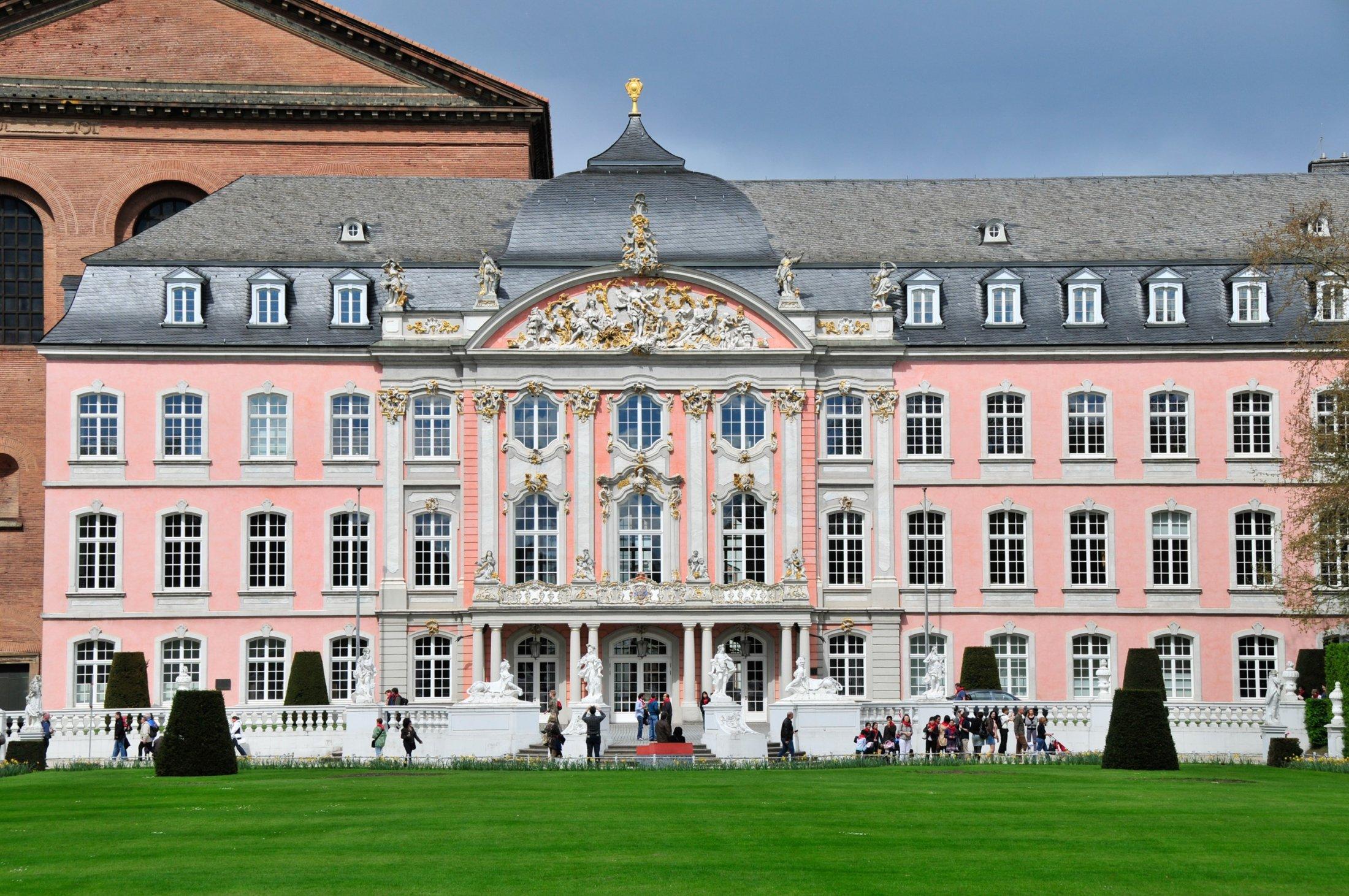 Trier park and castle