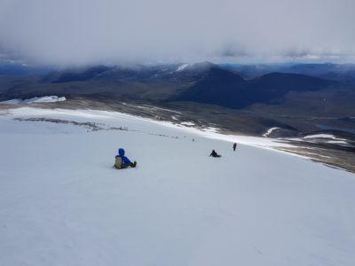 Norwegischer Abstieg mit Ersatzschlitten