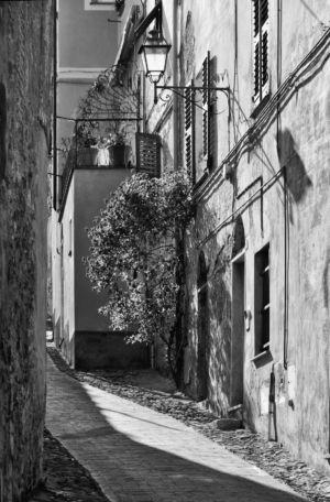 Altstadt von Finale Ligure, Italien