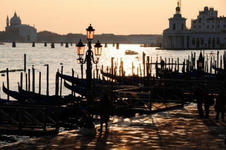 Canale Grande with back light
