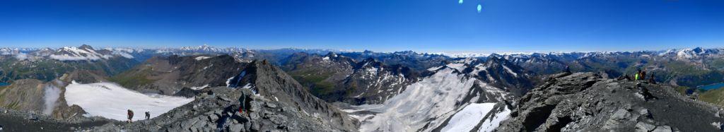 Panorama vom Gipfel der Aiguilles de la Grande Sassières in den Französischen Alpen