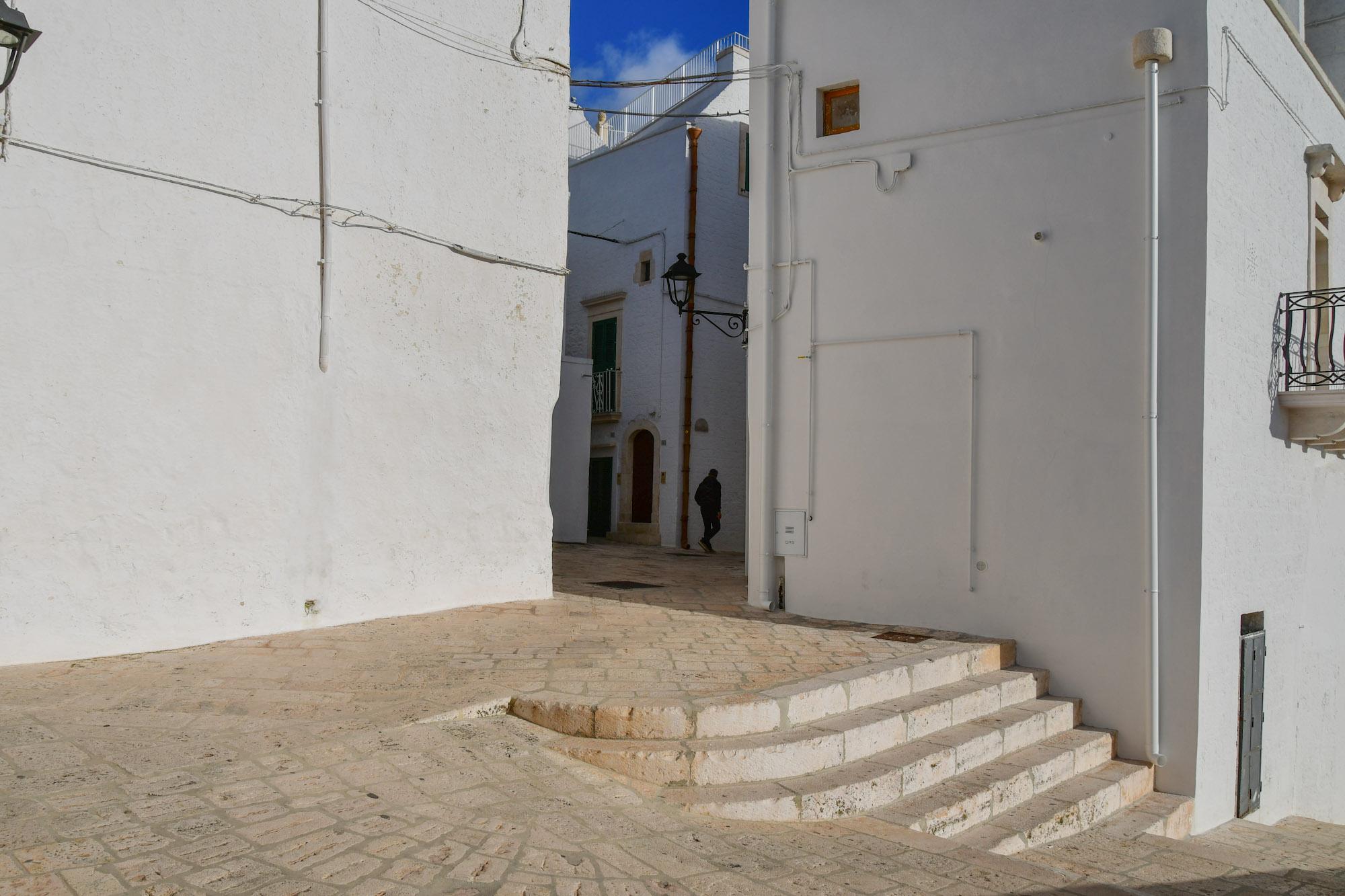 Locorotondo und Wanderung Gravina di Laterza