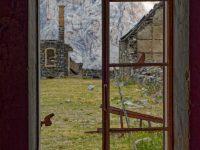 Altes Fenster im Fort de Mallemort